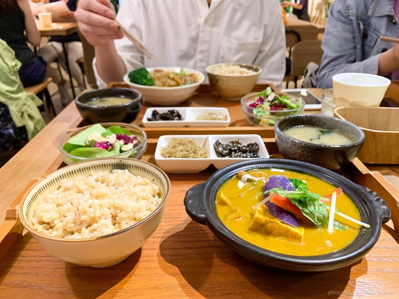 Flourish, 元禾食堂, 健康蔬食料理, 素食餐廳, 忠孝敦化站, 東區素食, 有機糙米