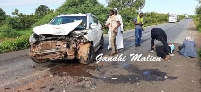 Mali : Accident du convoi de l'Imam Mahmoud Dicko sur la route de Nioro du Sahel.