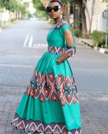 e8522918c136881a1af9d006d960ef5c--african-outfits-african-attire