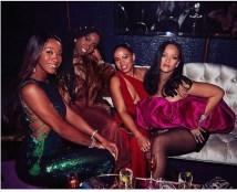 Rihanna-4-5