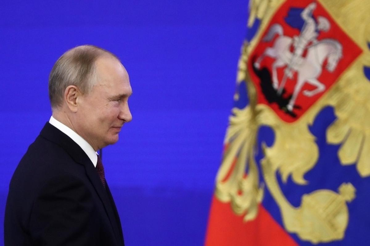 """Vladimir Poutine estime qu'évoquer la question de sa succession serait """"destabilisateur"""" pour la Russie"""