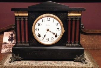 vintage clock, wind-up