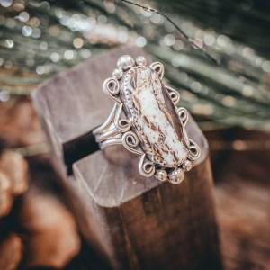 White Buffalo Ring Sz. 9.5