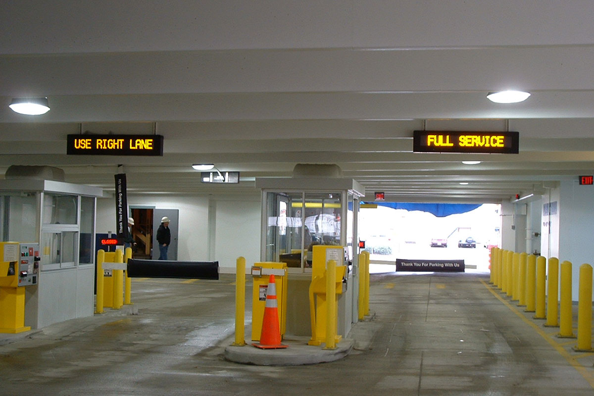 Boush Street Parking Garage Exit Plaza