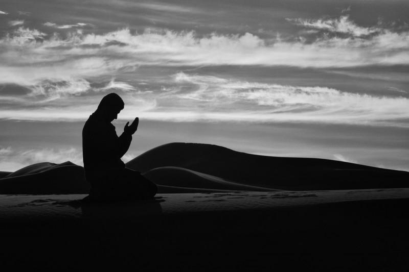 12 Keutamaan Shalat Malam dalam Al-Quran dan Hadits Shahih-dakwah.id