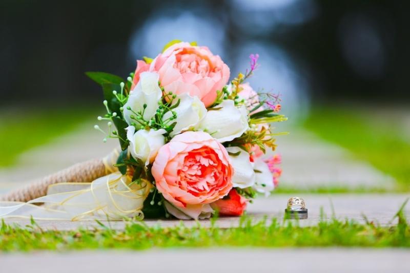 Memaksakan Pernikahan Anak Perempuan Menurut Mazhab Syafi'i dakwah id