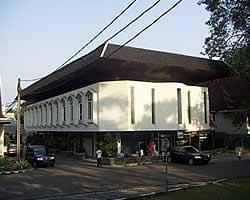 Masjid Al-Ghifari IPB Bogor (Firdaus Usman)