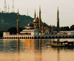 Ilustrasi - Salah satu masjid di Malaysia. (inet)