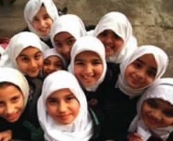 Siswi di sekolah Islam Inggris. (AP/ROL)