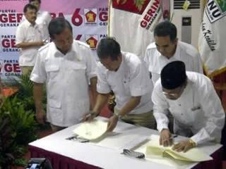 PKNU resmi bergaung ke Partai Gerakan Indonesia Raya (Gerindra) untuk menghadapi Pemilu 2014, Ahad, 17 Februari 2013. (yahoo.com)