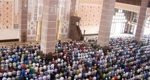 Ilustrasi - Shalat berjamaah di masjid. (inet)