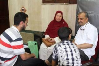 Beltagi bersama keluarganya di lokasi Rab'ah (inet)