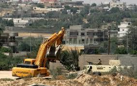 Buldoze militer tengah menghancurkan rumah penduduk di Rafah (klmty)