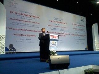 Nurman Abdulbakri, Lc. saat sambutan Konferensi Internasional Ke-11, WAMY, PBB. (Irhamni Rofi'un)