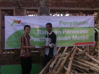 Penyaluran Bantuan YMN di Masjid At- Taubah, Soreang, Bandung