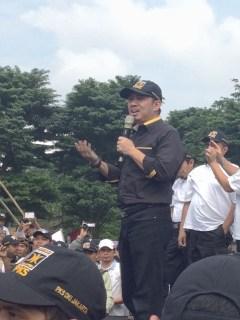 Presiden Partai Keadilan Sejahtera (PKS) Anis Matta dalam acara Apel Siaga Relawan PKS se-DKI Jakarta, di Lapangan Banteng, Jakarta (25/1). (Foto: humas PKS)