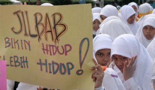 Aksi pelajar dukung kebebasan berjilbab - Ilustrasi (foto: tribunnews.com)