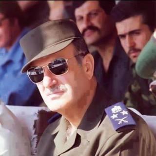 Letjend Hafez Asad, mantan presiden Suriah (mbn)