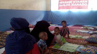 Serambi nyaman PKPU untuk kelompok rentan di lokasi pengungsian, Senin (27/1/2014) (Foto: pkpu)