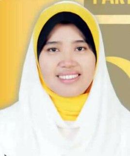 Desiaty, caleg DPRD untuk Provinsi Sumatera Barat daerah pemilihan VI (wilayah Kab. Sijunjung,  Kab. Tanah Datar, Kota Sawahlunto, Kota Padang Panjang) yang di usung oleh Partai Keadilan Sejahtera (PKS). (Foto: kompasiana.com)