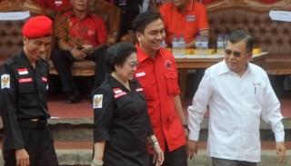 Jokowi, Megawati dan Jusuf Kalla.  (tempo.co)