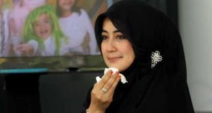 Istri Almarhum Uje, Pipik Dian Irawati.  (viva.co.id)