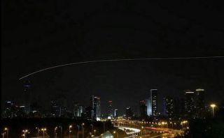 Serangan roket pejuang Palestina (islammemoo.cc)