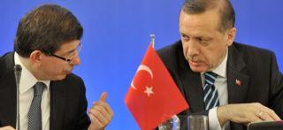 Ahmet Davutoglu dan Recep Tayyip Erdogan (nationalturk.com)