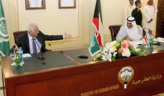 Sekjend PBB, Nabil Al-Arabi dalam kunjungannya ke Kuwait (aljazeera.net)