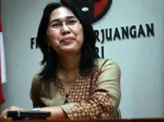 Eva Sundari, Politisi PDIP yang juga anggota kehormatan Waria.  (baranews.co)