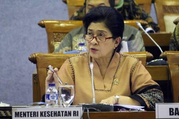 Menteri Kesehatan Nila .F. Moeloek mengungkap data 8 bidan penerima vaksin palsu. (sindonews.com)