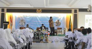 Sekolah Tinggi Ekonomi Islam (STEI) SEBI menggelar kegiatan Stadium General 2016 di kampus STEI SEBI Depok, Jawa Barat, Selasa, (30/8/2016) (Taqiyuddin/SEBI)