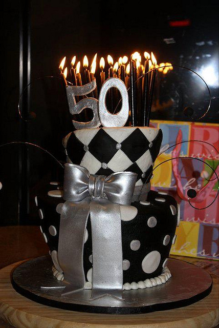 50 Anos Para Hombre Dale Detalles