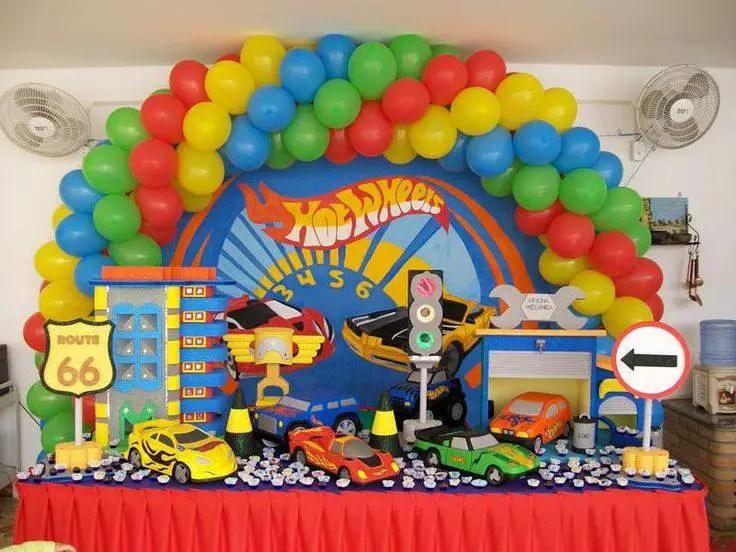 Hot wheels fiesta tem tica dale detalles for Ornamentacion con globos