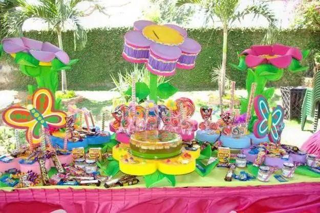Fiesta tem tica mariposas dale detalles for Mural de flores y mariposas