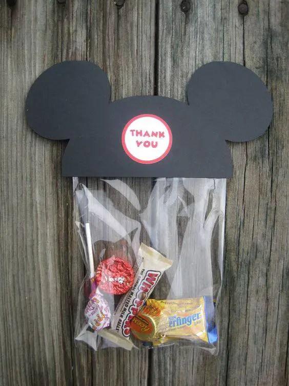 Como De Centro De Un Minnie Hacer Mouse Mesa