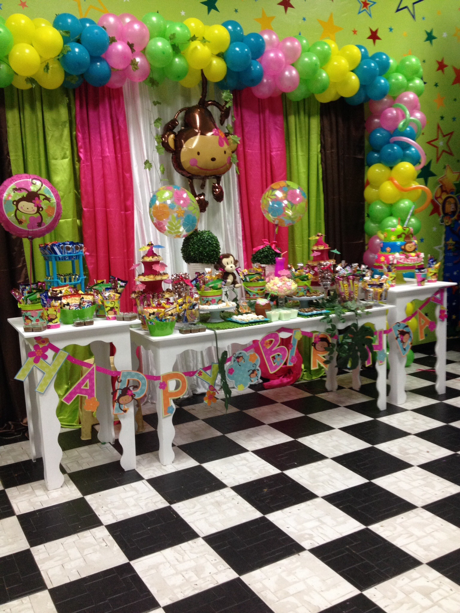 Balloon decoration ideas for baby shower