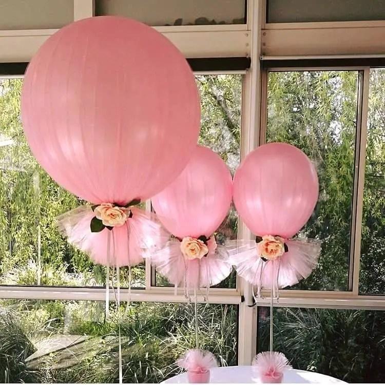 Decoraciones con globos y tul dale detalles for Como hacer decoracion con globos
