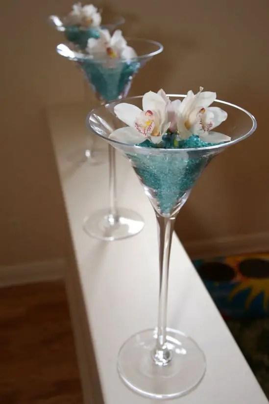 centros de mesa con copas dale detalles