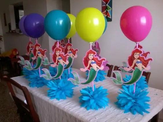 Originales y creativos centros de mesa de la sirenita dale detalles Adornos sencillos para cumpleanos infantiles