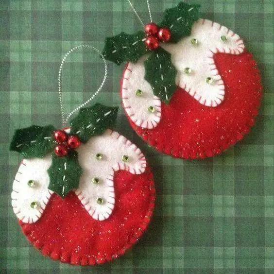 Adornos navide os de fieltro dale detalles - Bolas de navidad de fieltro ...