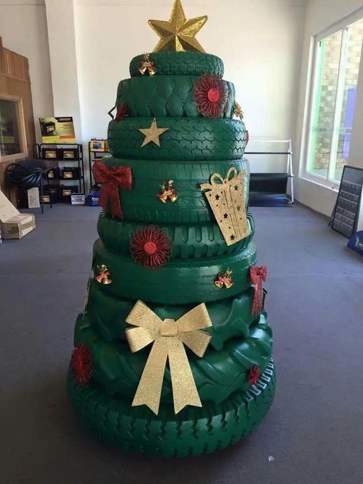 Decoraciones navide as con llantas o neum ticos dale - Decoracion con neumaticos ...