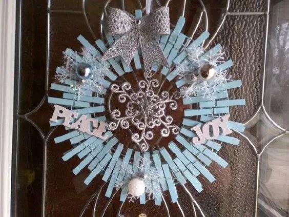 Corona De Navidad Con Pinzas Para Ropa Dale Detalles
