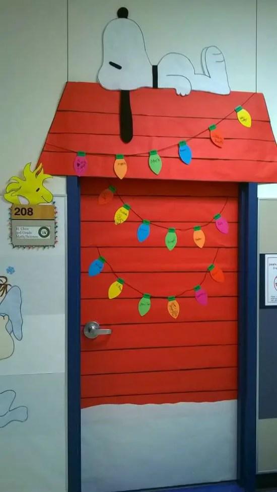 Ideas para decorar puertas escolares en navidad dale - Decorar cristales de puertas ...