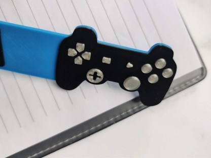 Game controller bookmark - side