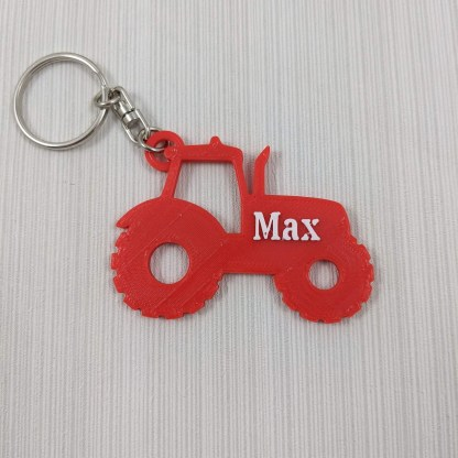 Tractor keyring in red and white