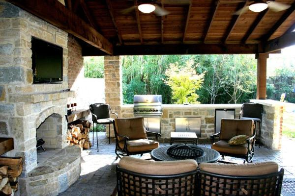 covered outdoor kitchens and patios Lakewood Landscape Design: Lakewood Landscape Construction