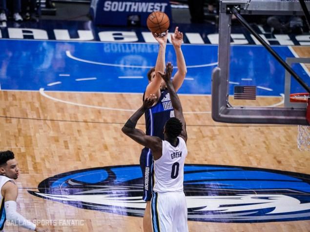 Dallas Sports Fanatic (10 of 20)