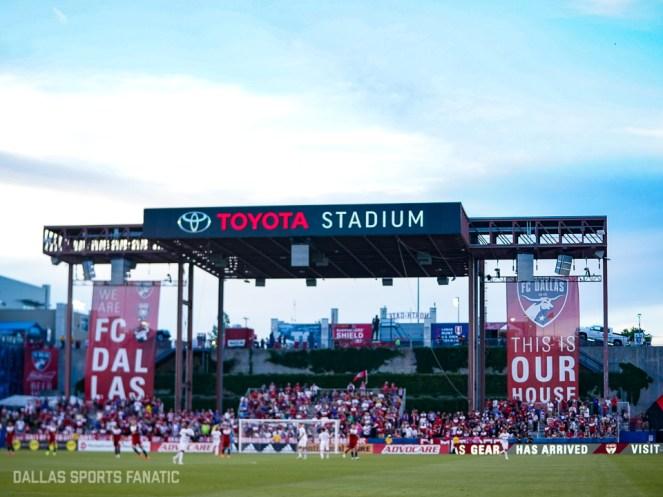 Dallas Sports Fanatic (31 of 31)