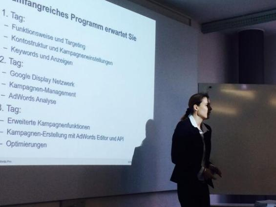 Seminar Google AdWords Pro (Google Zertifizierung) mit Lucia Yapi. FHNW